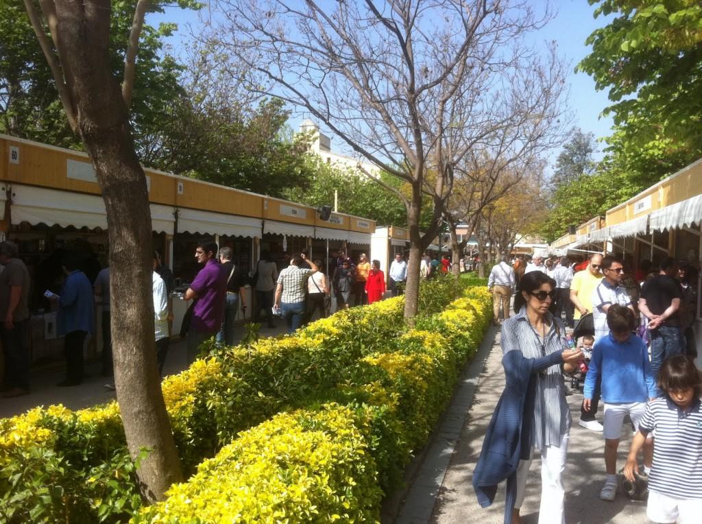 Vuelve la feria del libro en los jardines de viveros de for Viveros valencia