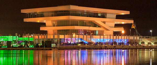 Discotecas en el puerto de Valencia y locales de copas